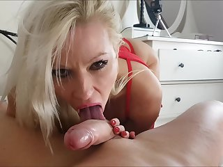 Conceitedly fake jugs of blonde MILF Michelle Thorne sprayed with cum
