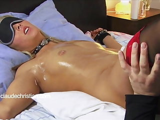 Predestined blonde with dribble scruffy pussy licked to orgasm