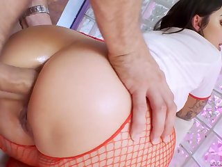 Naughty attractive curvy nurse Ivy Lebelle blows cock before complying anal