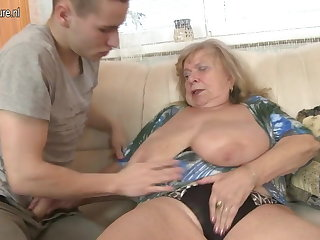 Superannuated busty grandma fucked by young people