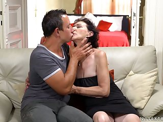 Dirty minded mature slut Pixie gives a special blowjob almost aroused stud