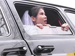 Latina bride Lady D gets fucked right baulk wedding
