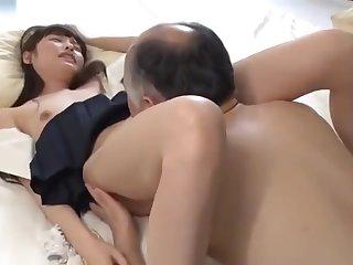 SNIS-716 JKお散歩 橋本ありな
