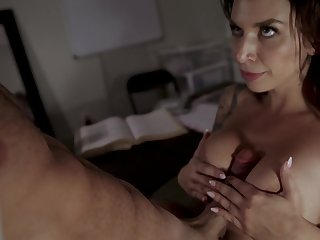 Invigorating sex inspires fetching sweetheart Ivy Lebelle