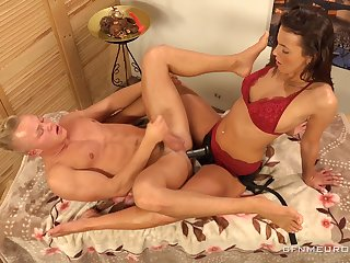 Erotic massage with odd Lucy Vojak ends up with anal polishing be beneficial to dude