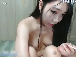 Satisfying Chinese brunette likes casual sex in a doggy style position, up ahead be proper of the camera