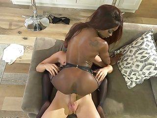 Solid fuck for foxy ebony slut Ana Foxxx and a white guy