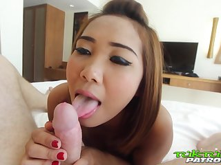 Amateur Thai girl Som is fucked by hot blooded foreigner
