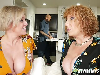 Dee Williams coupled with Sara Jay are fully impressive during FFM fun