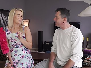 Cute pie stepdaughter doesn't mind having sex with experienced stepdad
